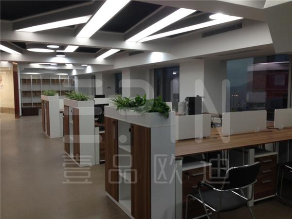 重慶紫荊醫療-壹品歐迪成都辦公家具定制工程案例